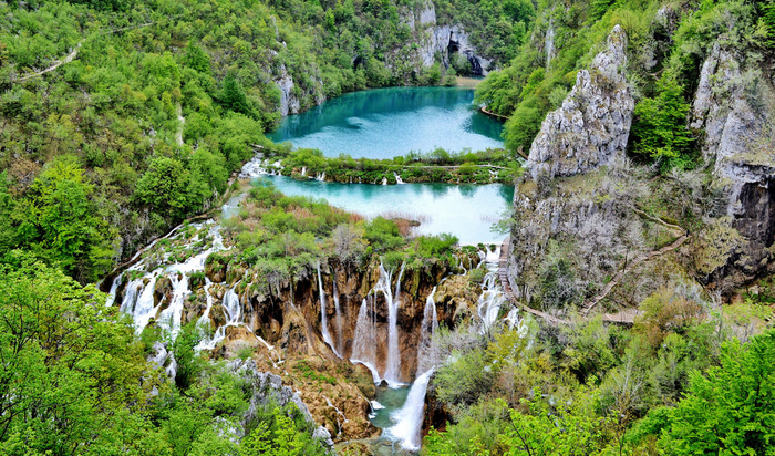 Photo of Visit True Phenomenon of Nature – Zagreb to Plitvice Lakes